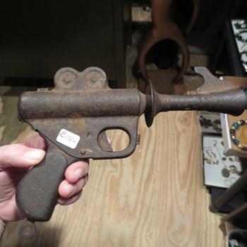 Buck Rogers XZ-31 Pistol - Toys