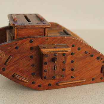 WW1 wooden tank money box - Coin Operated