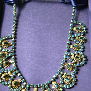 Blue Vintage necklace - Costume Jewelry