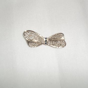 Belais Pin - Fine Jewelry