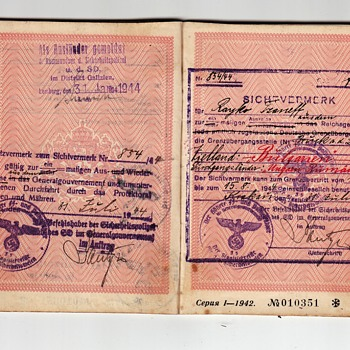 SD & SS issued visa inside a 1943 Bulgarian passport