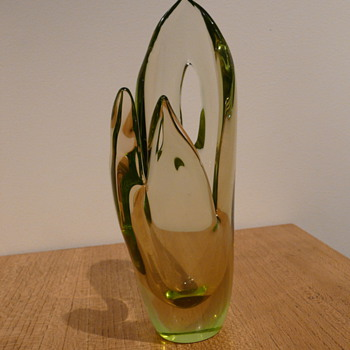 ALICE MARESOVA-SMOLKOVA for SKRDLOVICE 1955.  - Art Glass
