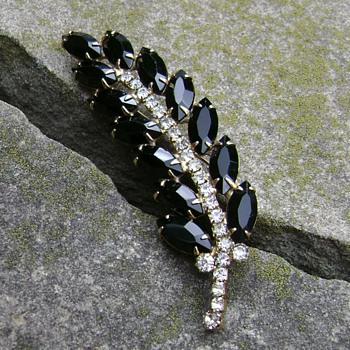 Juliana Brooch  - Costume Jewelry