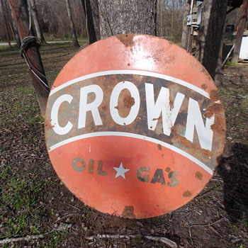 Crown Oil & Gas Porcelain Sign - Petroliana