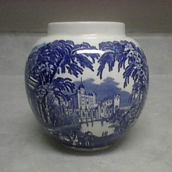 MASON'S IRONESTONE  POT - China and Dinnerware