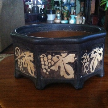 Weller Octogon - Pottery