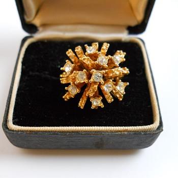 18K Ring, Circa 20 century