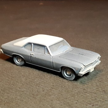Greenlight Hollywood Series Beverly Hills Cop 1970 Chevy Nova - Model Cars