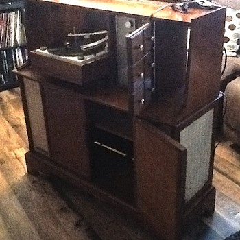 General Electric Stereo TV console