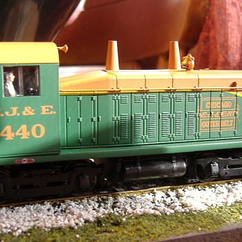 EJ&E #440 NW2 HO scale - Model Trains