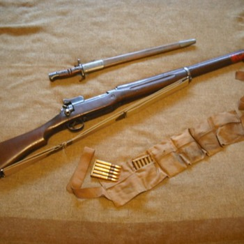US Model 1917 Enfield Rifle - Military and Wartime