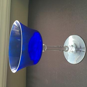 4 blue glasses - Glassware