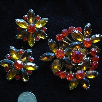 Judy Lee Rhinestone Brooch Earrings Set #1 - Costume Jewelry