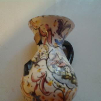 signed vase? - Pottery