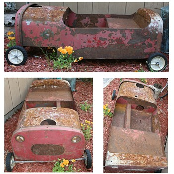 Unknown maker of early pedal car
