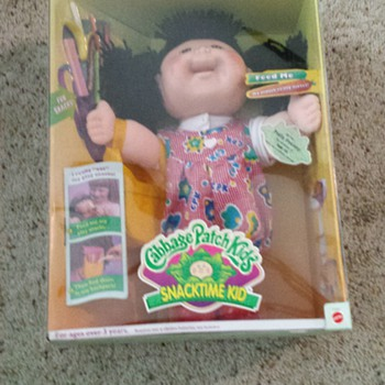 1997 snacktime kid cabbage patch  kid - Dolls