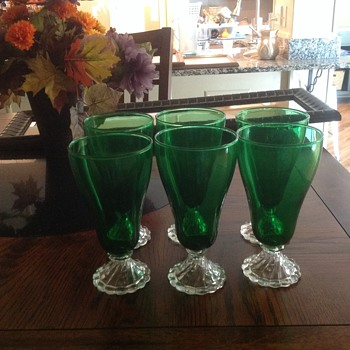6 green 12 oz. parfait glasses - Glassware