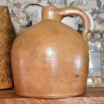 Information  re. stoneware jug - Pottery