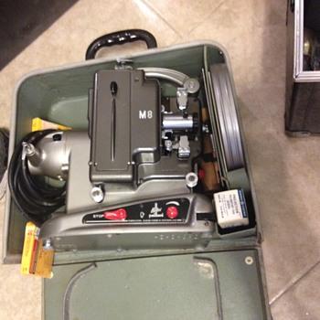 BOLEX PAILLARD M8 8mm - Cameras