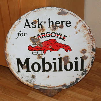Gargoyle MobileOil Lolipop - Signs