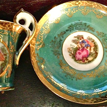 Lovely little vintage  teacup and saucer   - China and Dinnerware