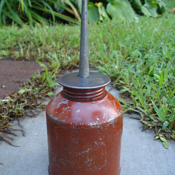 Unknown Red Oil Can - Petroliana