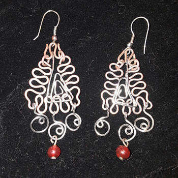 pair of copper & silver wire earrings - Costume Jewelry