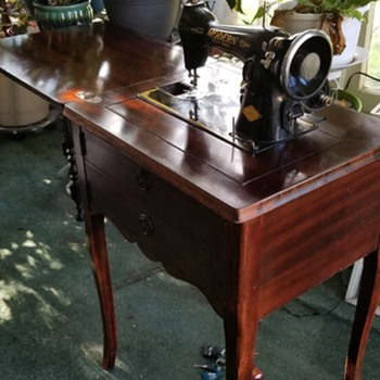 Mid century sewing machine  - Sewing