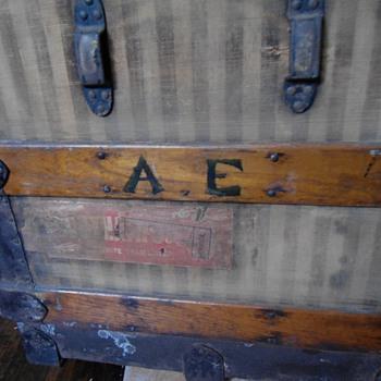 Albert Einstein's Trunk -- no provenance - Furniture