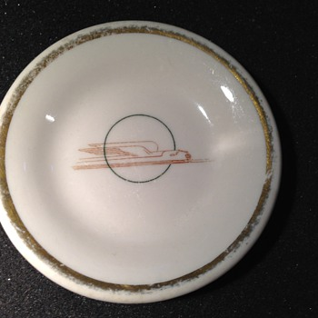 Deco Train Serving Plate - Railroadiana