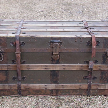 "1890's-1901 Duluth 41""  Flat Top Steamer Trunk - Furniture"