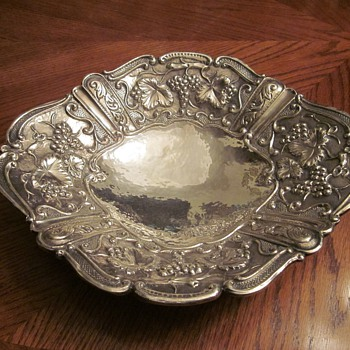 Rare Large Lisham Art Sterling Bowl - Silver