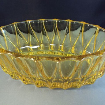 thick yellow glass depression bowl?