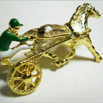 Vintage HARNESS RACING Brooch - Marked GERRY'S  - Costume Jewelry