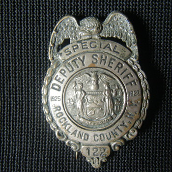 ROCKLAND COUNTY NY SPECIAL DEPUTY SHERIFF VINTAGE BADGE - Medals Pins and Badges
