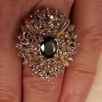 Estate Ring find- 2.5kt Sapphire 24kt gold- many many diamonds..  - Fine Jewelry