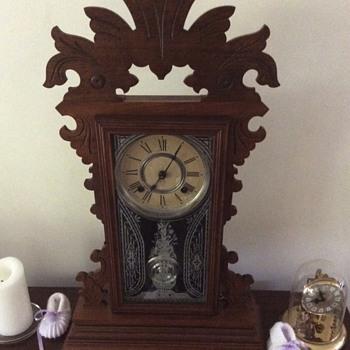 Any idea on the model? - Clocks