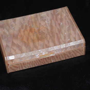 Lucite Box - 1950's? - Furniture