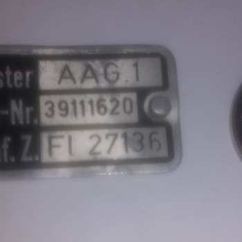 German engineering metal badge, Baumuster, Werk-Nr with works codes and process numbers - Medals Pins and Badges
