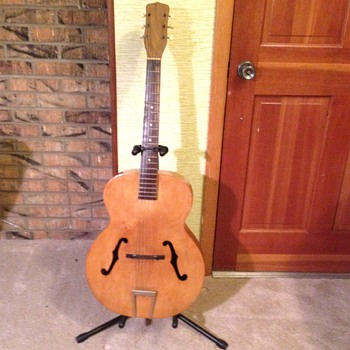 Arch top Guitar - you helped me partially identify!