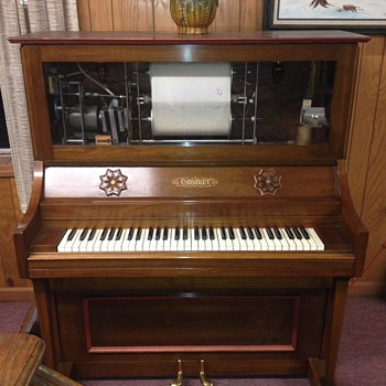Player piano 1960 or 1970 - Musical Instruments