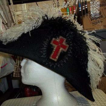 KNIGHTS TEMPLAR CEREMONIAL HAT
