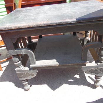 Antique Table Beautiful Carving,Brass On Legs