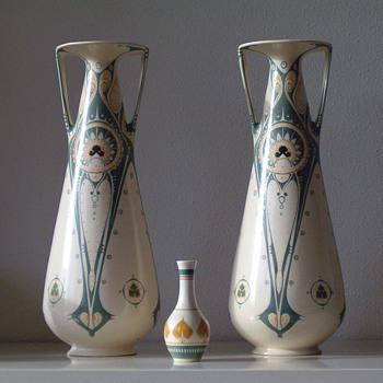 Distel Amsterdam pottery - Art Nouveau