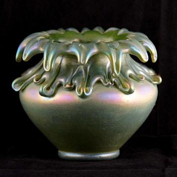 Kralik Vulcan - Among the Rarest of the Rare Kralik Décors - Art Glass