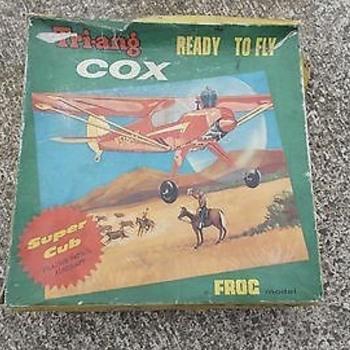 TRI-ANG COX SUPER CUB PRAIRIE PATROL AIRCRAFT CONTROL LINE MODEL CAT. NO. 746 - Toys