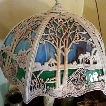 Salem Bros. Slag glass cottage scene lamp w/ original paint - Lamps