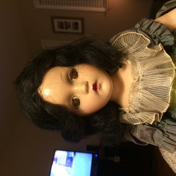 Madame Alexander Scarlett 21 inches