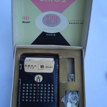 1964 DELUXE O.M.G.S TEN RADIO - Radios