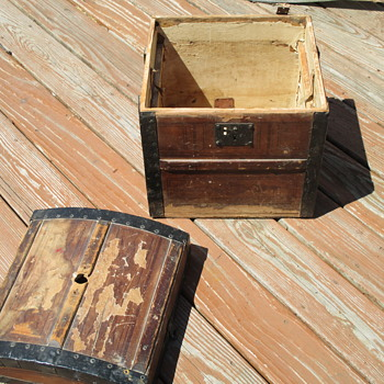 Small Hat Trunk  - Furniture